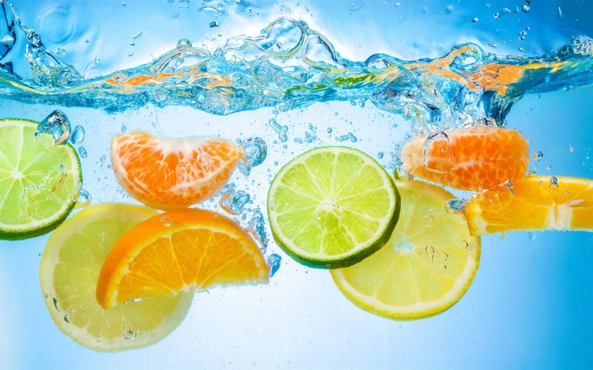 fruit-water-splash-wallpaper
